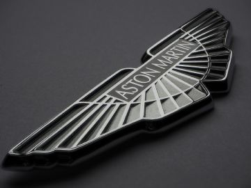 Aston Martin Bonnet Badge